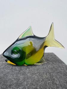 Рыба в тяжелом погруженном в воду стекле. Флавио Поли для Сегусо Ветри д'Арте. Мурано.