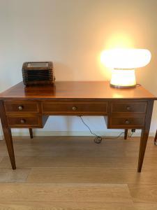 escritorio 5 cajones