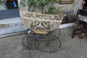A pram from the end of the 19th century - from collectibles - original -