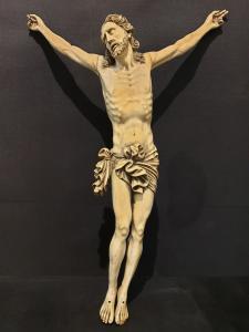 Christus in Elfenbein
