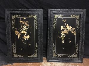 Par de pinturas com incrustações de marfim e madrepérola