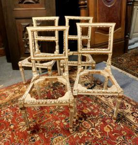 panc69  quattro sedie Luigi XVI laccate, cm 43 x 42 h 86