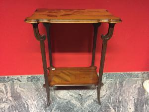 tavolino firmato cm 57 x 38 x 74