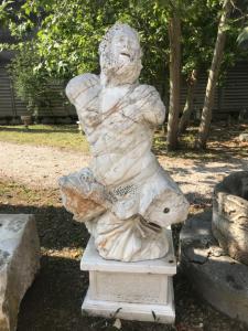 Мраморная скульптура 80x140h