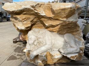 Escultura de mármore 110x70x100h