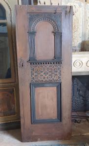 ptl545 - Neugotische Tür aus lackiertem Holz, 19. Jahrhundert, Maße cm l 77 xh 192