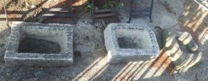 tanques de piedra y mármol, con dimensiones mixtas.