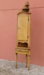 古董角柜,带两个角漆,涂漆,皮埃蒙特山脉,十八世纪末!