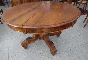 Empire round table