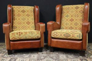 Pair of Italian armchairs in brown leather and yellow fabric
