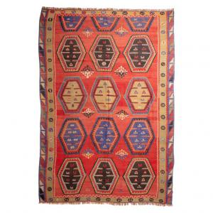 SIVAS Kilim of large proportions