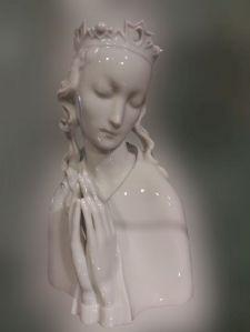 Madonna in porcellana bianca Vienna