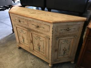 Lacquered sideboard 185x45x104h