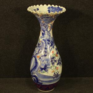 Japanese vase in glazed and painted ceramic