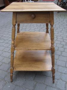 Tavolino antico lombardo