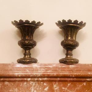 Pair of vases in golden iron foil