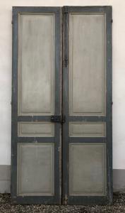 Paar Doppeltüren