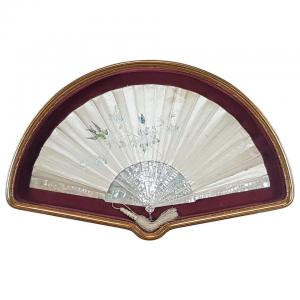 Belle Époque collection fan in silk and mother of pearl with painted decorations NEGOTIABLE PRICE