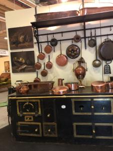 Nime chimney kitchen with copper accessories