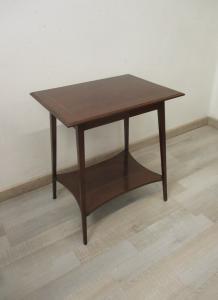 Tavolino inglese in mogano con ripiano - mobiletto - comodino - primi 900