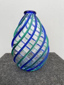 Стеклянная ваза со спиральными рельефными украшениями. Архимед Сегусо. Мурано.