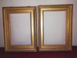 Refinado par de marcos de madera tallados y dorados, 2 órdenes de tallado, Génova del siglo XVIII