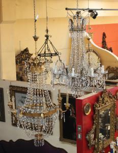混合青铜和玻璃吊灯(时期:从19世纪末到1950年代)
