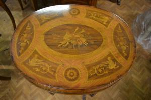 Tavolino lombardo