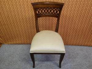 8 Lombard chairs