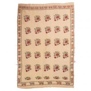Teppich oder bestickter Stoff KARAPINAR - nr. 788