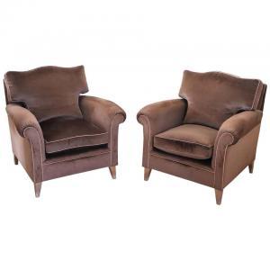 一对棕色天鹅绒扶手椅,现代古董设计80年代价格面议
