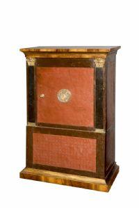 Сейф в неоклассическом стиле - Милан или Турин - первая половина XIX века.