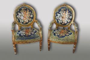Pair of antique armchairs. Period 1800.