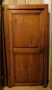 pti584 дверь из лиственницы с коробкой, изм. высота см 209 x 105 ширина макс.