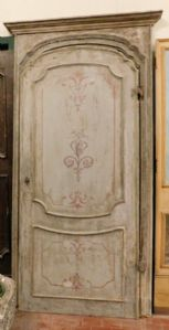 ptl444 door with lacquered frame, eighteenth century, mis. h cm 243 x 120 max