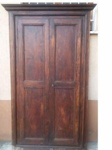 armário de duas portas